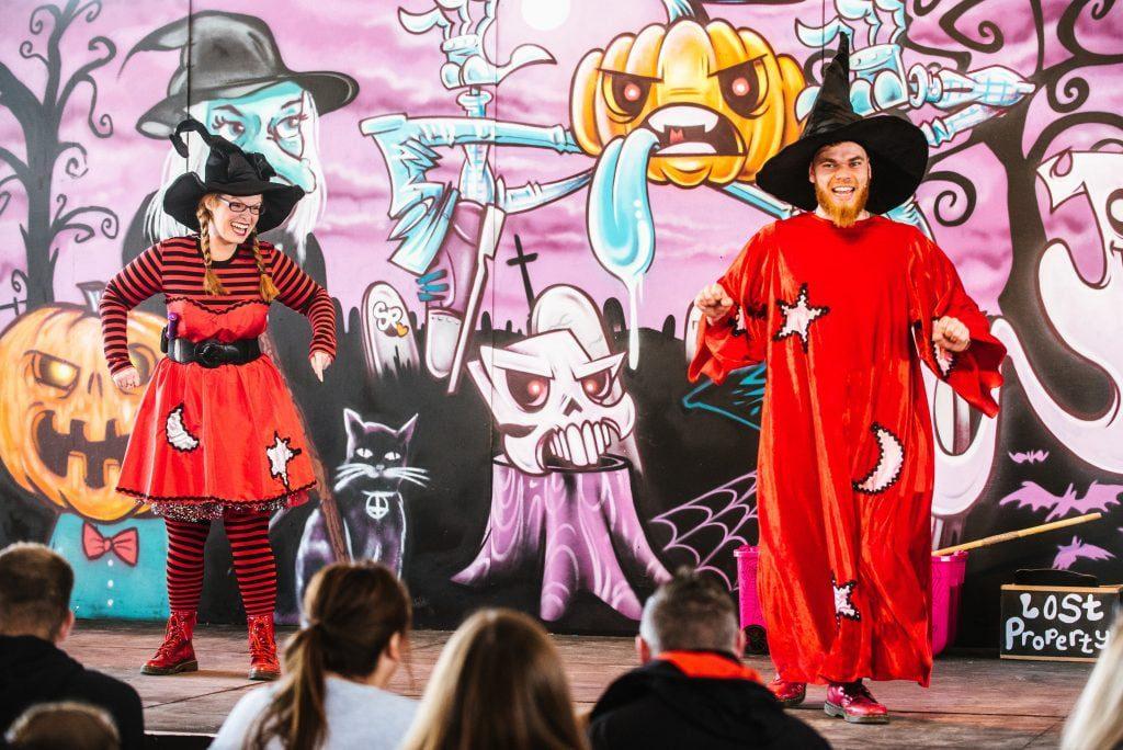 Interactive show at Spookyard